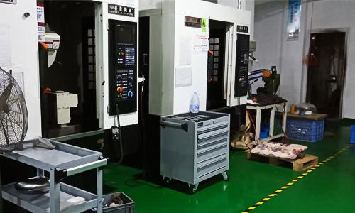 机器图片.jpg